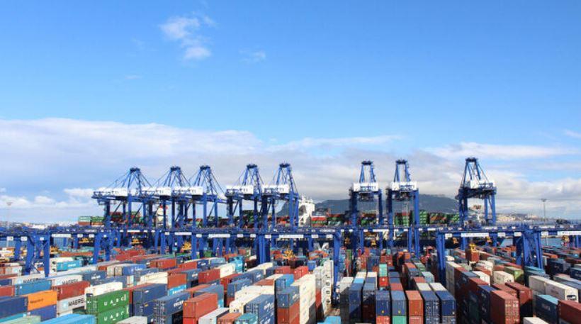 Las exportaciones de Andalucía crecen un 15,4% en el primer semestre